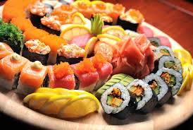 It Sushi et Sakura sont en pleine préparation des plateaux pour les fêtes de fin d'année... Plus de renseignements dans ...